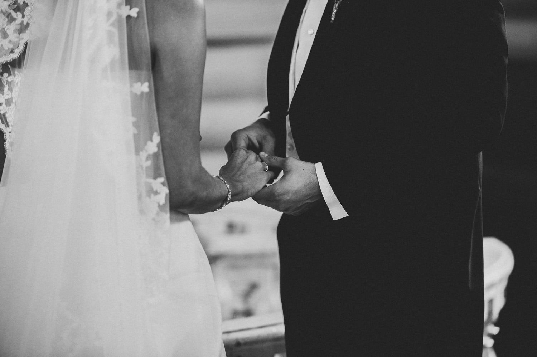 bryllupsfotograf-oslo-destination wedding photographer-morgan sikkerboel-stereosaint-leica-monochrom-street photography-41.jpg