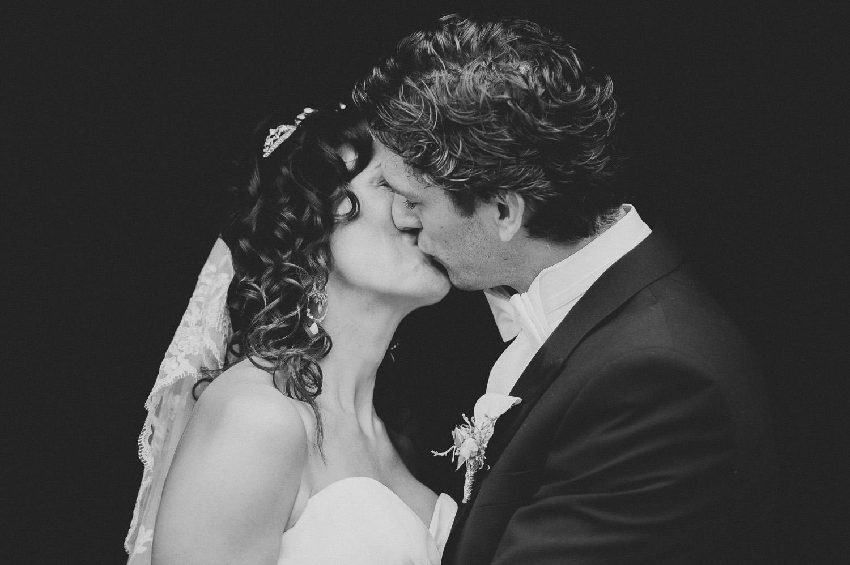 bryllupsfotograf-oslo-destination wedding photographer-morgan sikkerboel-stereosaint-leica-monochrom-street photography-42.jpg