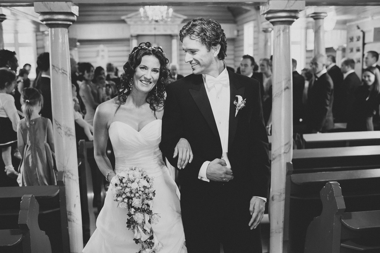 bryllupsfotograf-oslo-destination wedding photographer-morgan sikkerboel-stereosaint-leica-monochrom-street photography-48.jpg