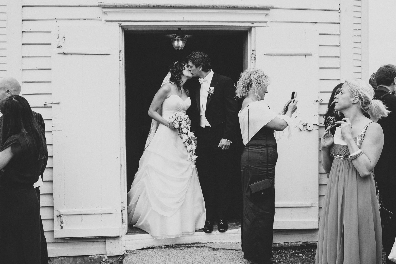 bryllupsfotograf-oslo-destination wedding photographer-morgan sikkerboel-stereosaint-leica-monochrom-street photography-49.jpg