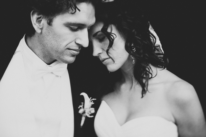 bryllupsfotograf-oslo-destination wedding photographer-morgan sikkerboel-stereosaint-leica-monochrom-street photography-68.jpg