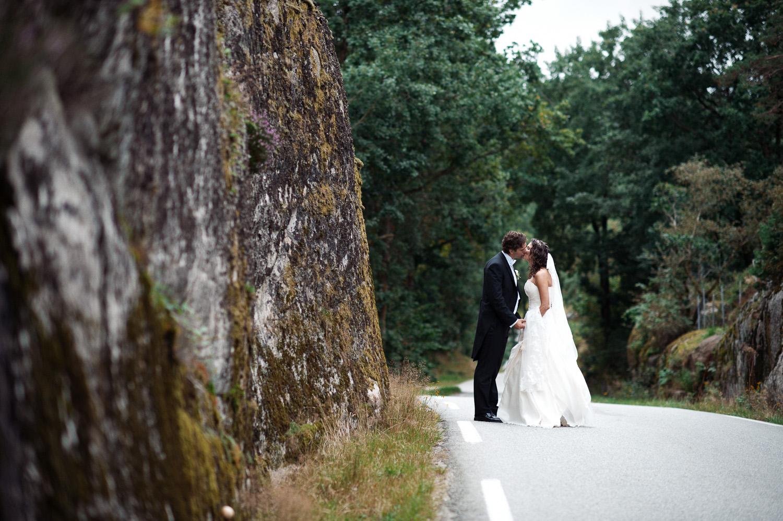 bryllupsfotograf-oslo-destination wedding photographer-morgan sikkerboel-stereosaint-leica-monochrom-street photography-81.jpg