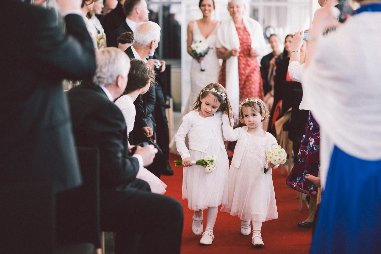 bryllupsfotograf-oslo-destination wedding photographer-morgan sikkerboel-stereosaint-leica-monochrom-street photography-40.jpg