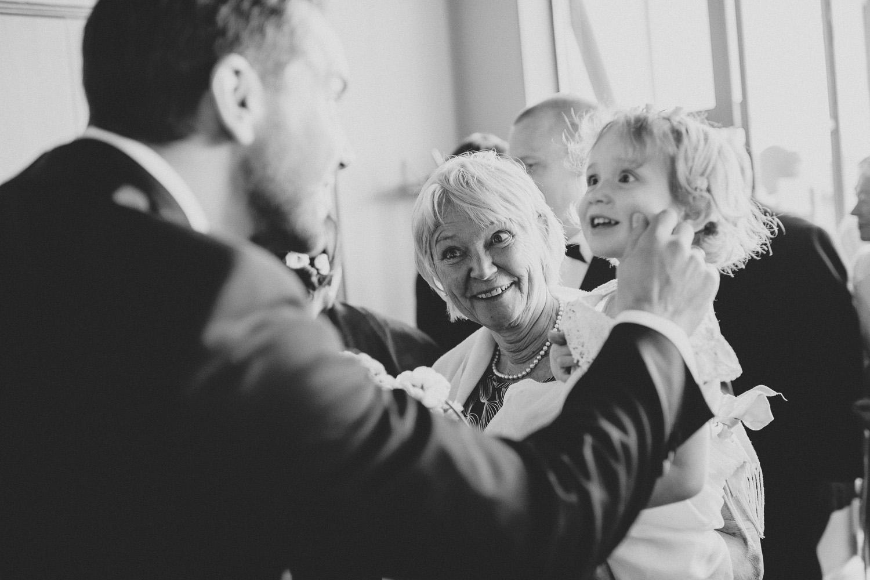 bryllupsfotograf-oslo-destination wedding photographer-morgan sikkerboel-stereosaint-leica-monochrom-street photography-60.jpg