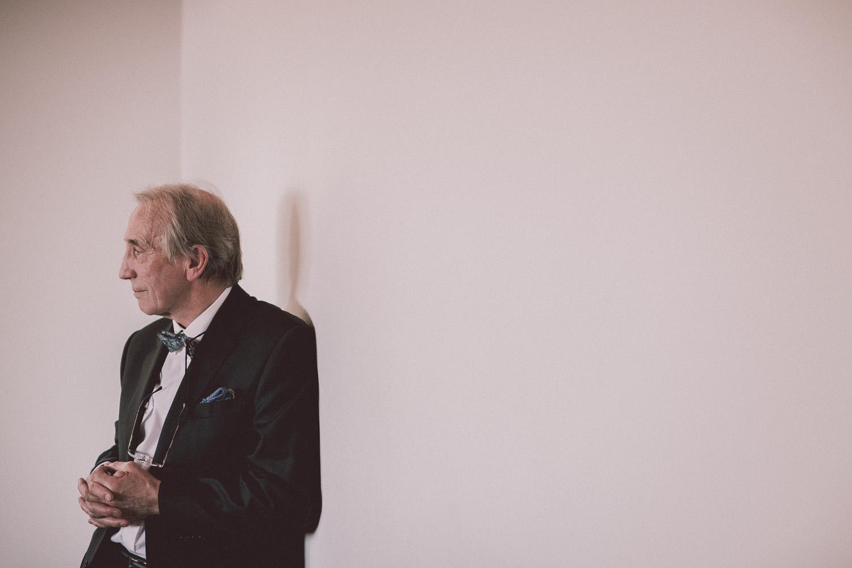 bryllupsfotograf-oslo-destination wedding photographer-morgan sikkerboel-stereosaint-leica-monochrom-street photography-125.jpg