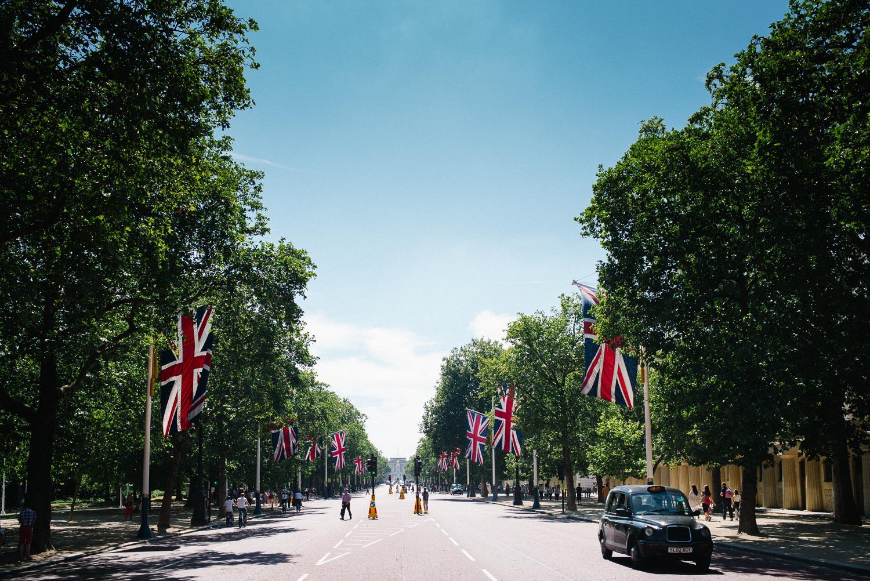 morgan-sikkerboel-london-street-photography-leica-m240-35mm-summilux-stereosaint-0002.jpg