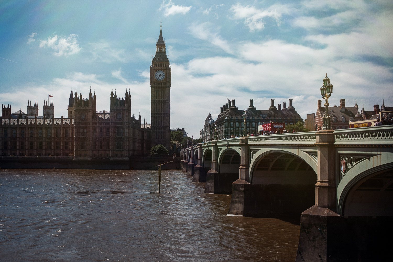 morgan-sikkerboel-london-street-photography-leica-m240-35mm-summilux-stereosaint-0007.jpg