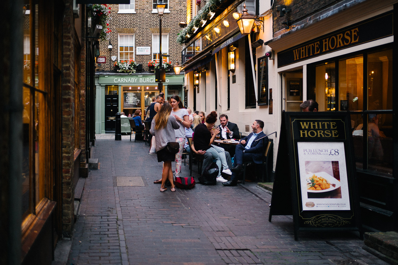 morgan-sikkerboel-london-street-photography-leica-m240-35mm-summilux-stereosaint-0020.jpg