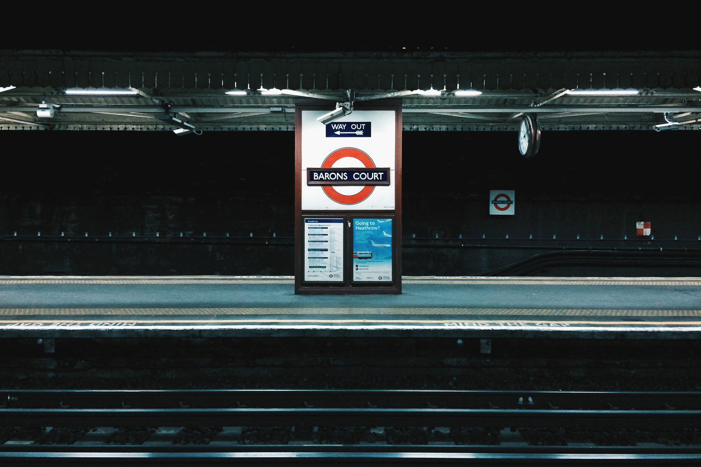 morgan-sikkerboel-london-street-photography-leica-m240-35mm-summilux-stereosaint-0028.jpg