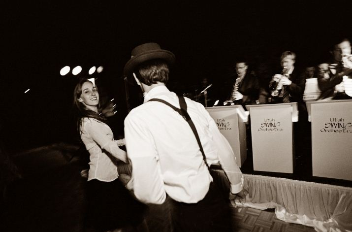 The Big Daddy Swing Orchestra plays for swing era themed wedding
