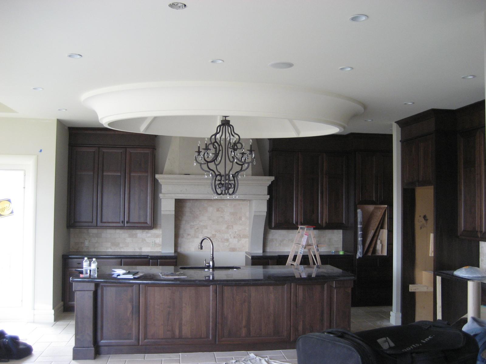 traditional kitchen 111.JPG