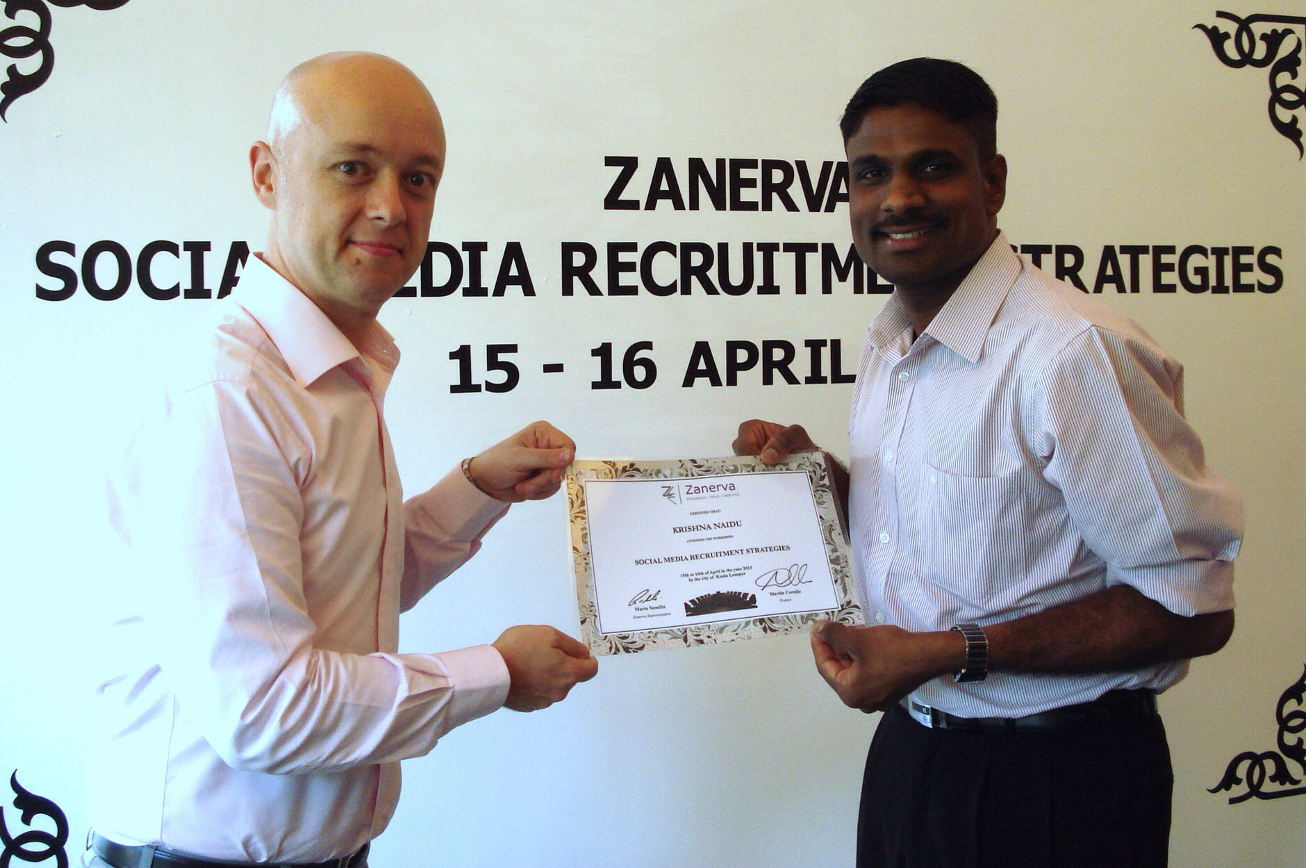 Krishna Naidu, Head of Rectuitment at Affin Bank  receiving his certificate of participation for attending the Social Media Recruitment Strategies Workshop in Kuala Lumpur