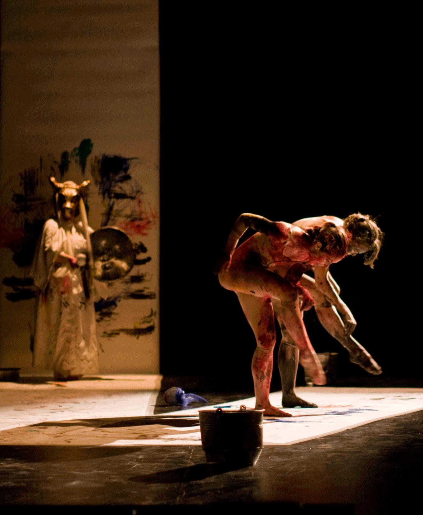ANABELLA LENZU / DANCEDRAMA