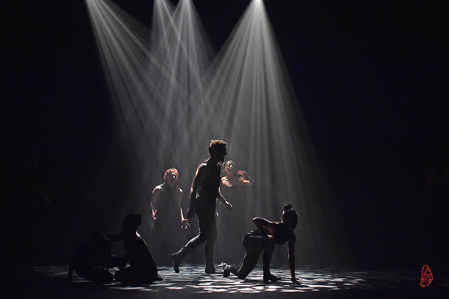 KUN-YANG LIN / DANCERS