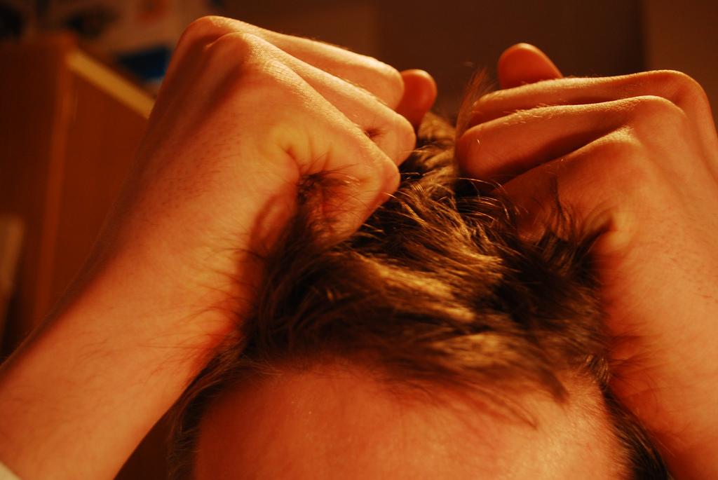 Hair_pulling_stress.jpg