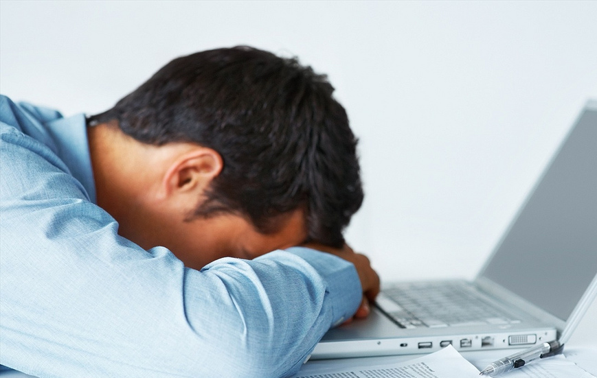 guy laptop.jpg