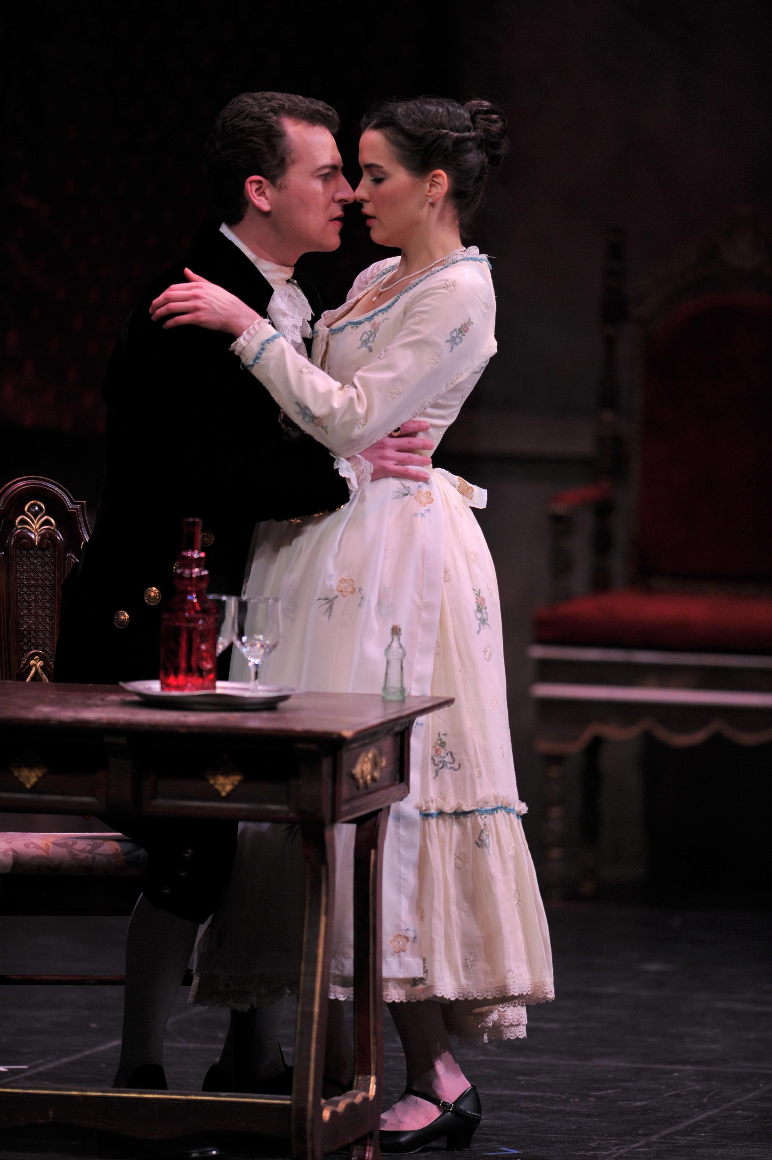 Count Almaviva  Le Nozze di Figaro  (Bridget Mullins, Susanna)  © 2011 ND