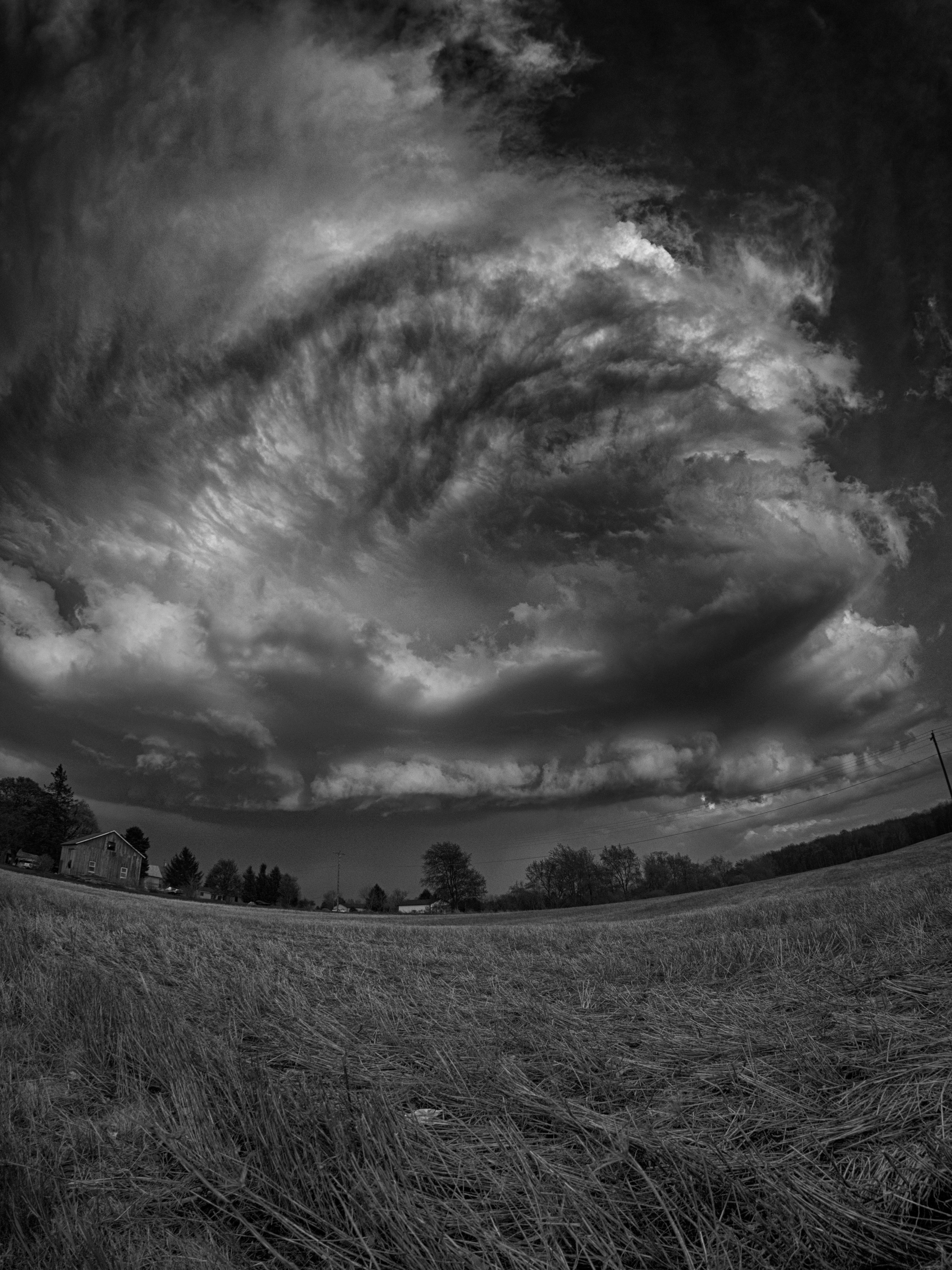 A storm rolling into my frame as seen through the E-M1 + Rokinon 7.5mm Fisheye