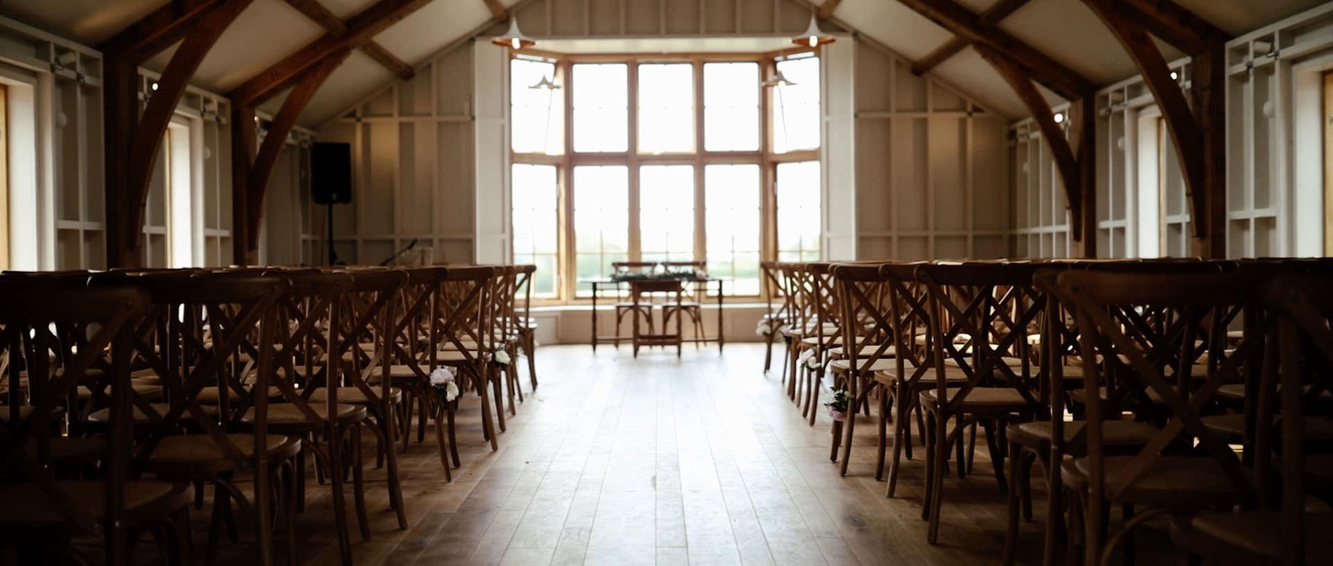 Hyde Barn Colswolds Wedding Verity-Jade & Kai 6 Cropped.jpg
