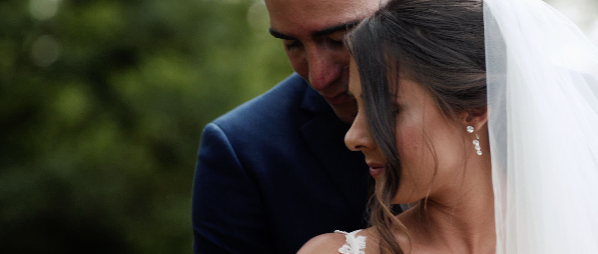 Hyde Barn Colswolds Wedding Verity-Jade & Kai 28 Cropped.jpg
