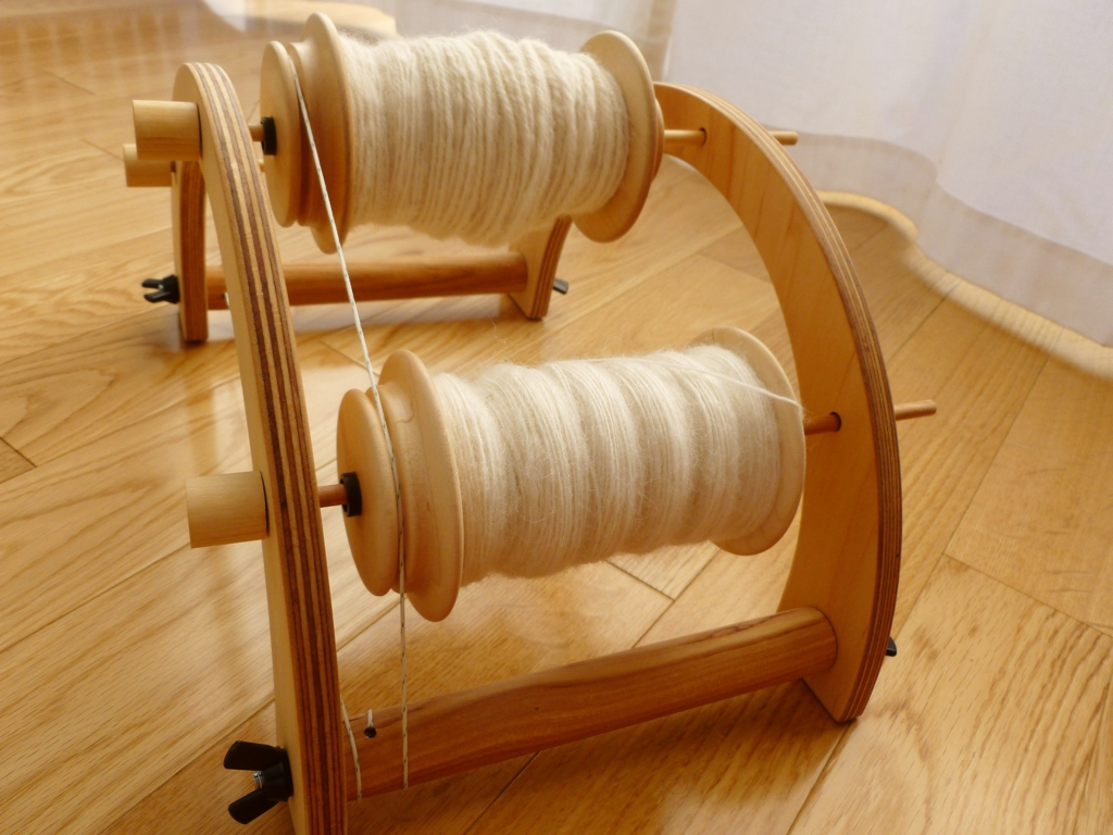 Schacht-Lazy-Kate-and-Bobbins.jpg