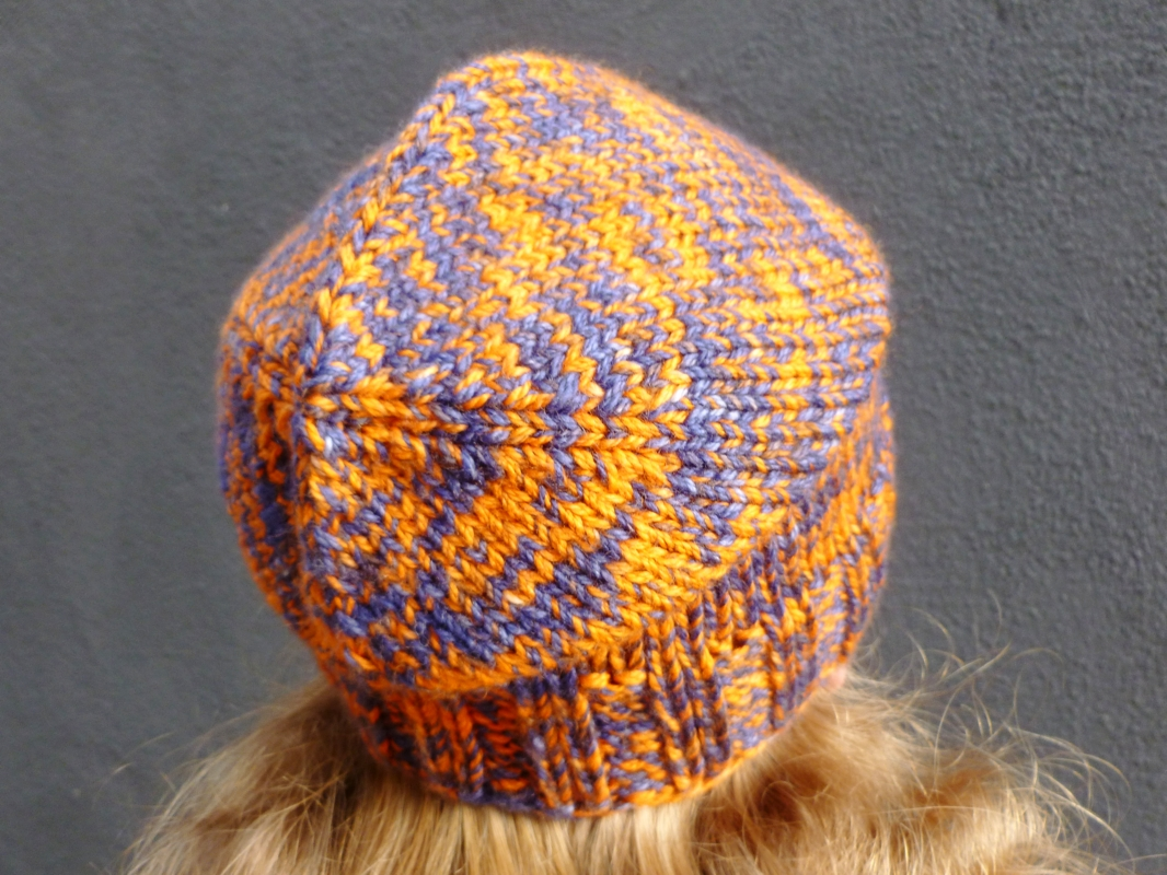 Cornered-Slouch-Hat-Decreases.jpg