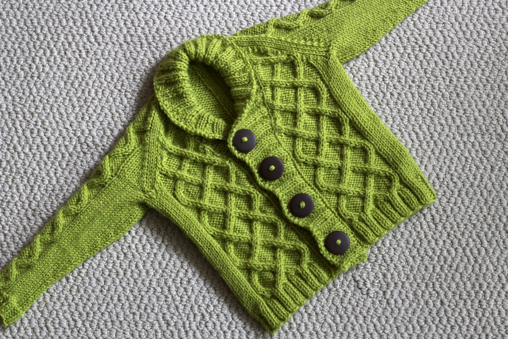 Adorable baby sweaters and adorable! I made the Gramps Cardigan as a gift and am absolutely thrilled with how it turned out. FO: Gramps Cardigan | withwool.com