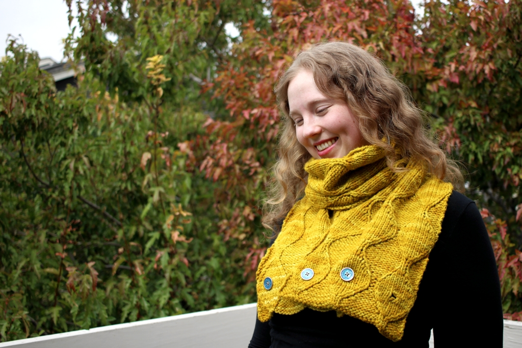 This scarf and cowl combo is fun and well worth the wait. FO: Vertigo Scarf | withwool.com
