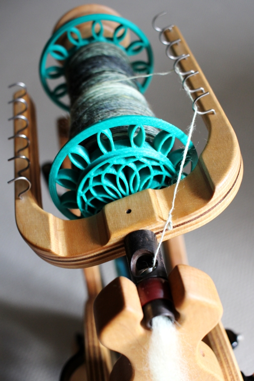 Back to spinning Swamp Thing. | withwool.com