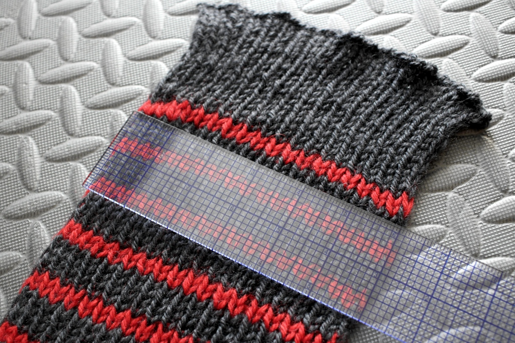 How to Block a Ribbed Scarf. And what does it mean to block knitting anyway? | withwool.com