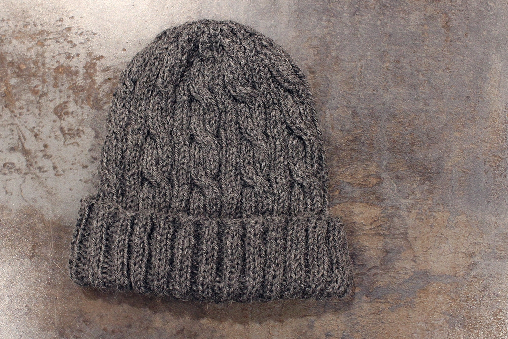 A little bit of monogamous #knitting works! I knit a scarf and hat in 2.5 weeks.  | withwool.com