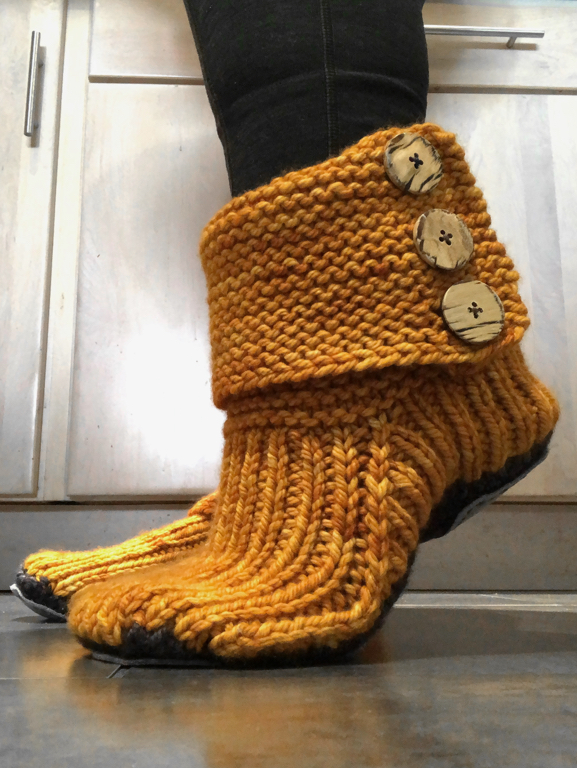 The Prairie Boots are finally ready to keep my toes warm! Who knew sewing on buttons would be the hard part? | withwool.com
