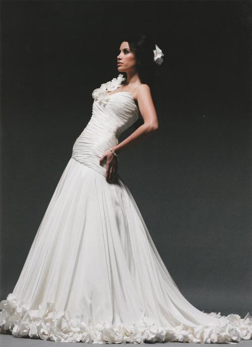 Annette_Melton_Mark_Holt_Bridal_Couture_Complete_Wedding_Magazine_002.jpg