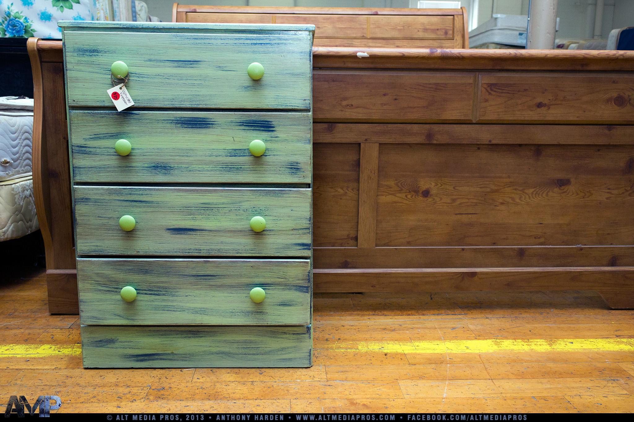 Junk Recyclers_AMP_012813_017.jpg
