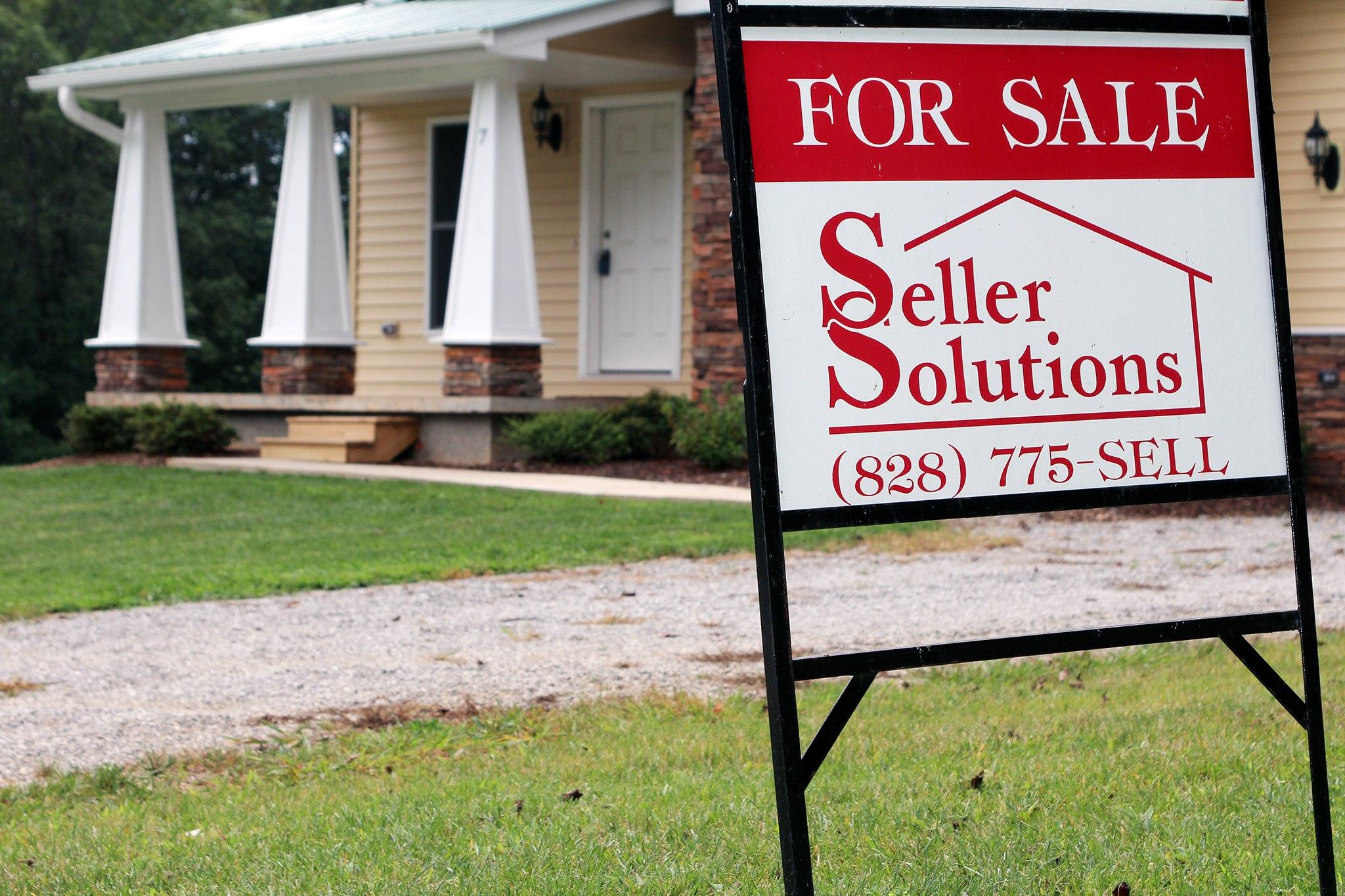 Seller Solutions_AMP_072213_001.jpg