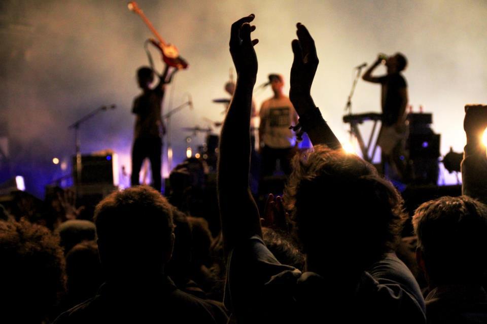 Breton_Live_O2.jpg