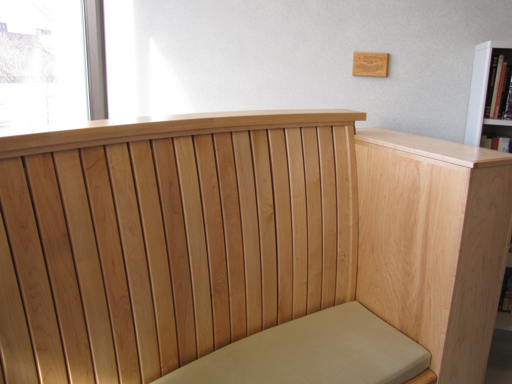 detail curved bench.jpg