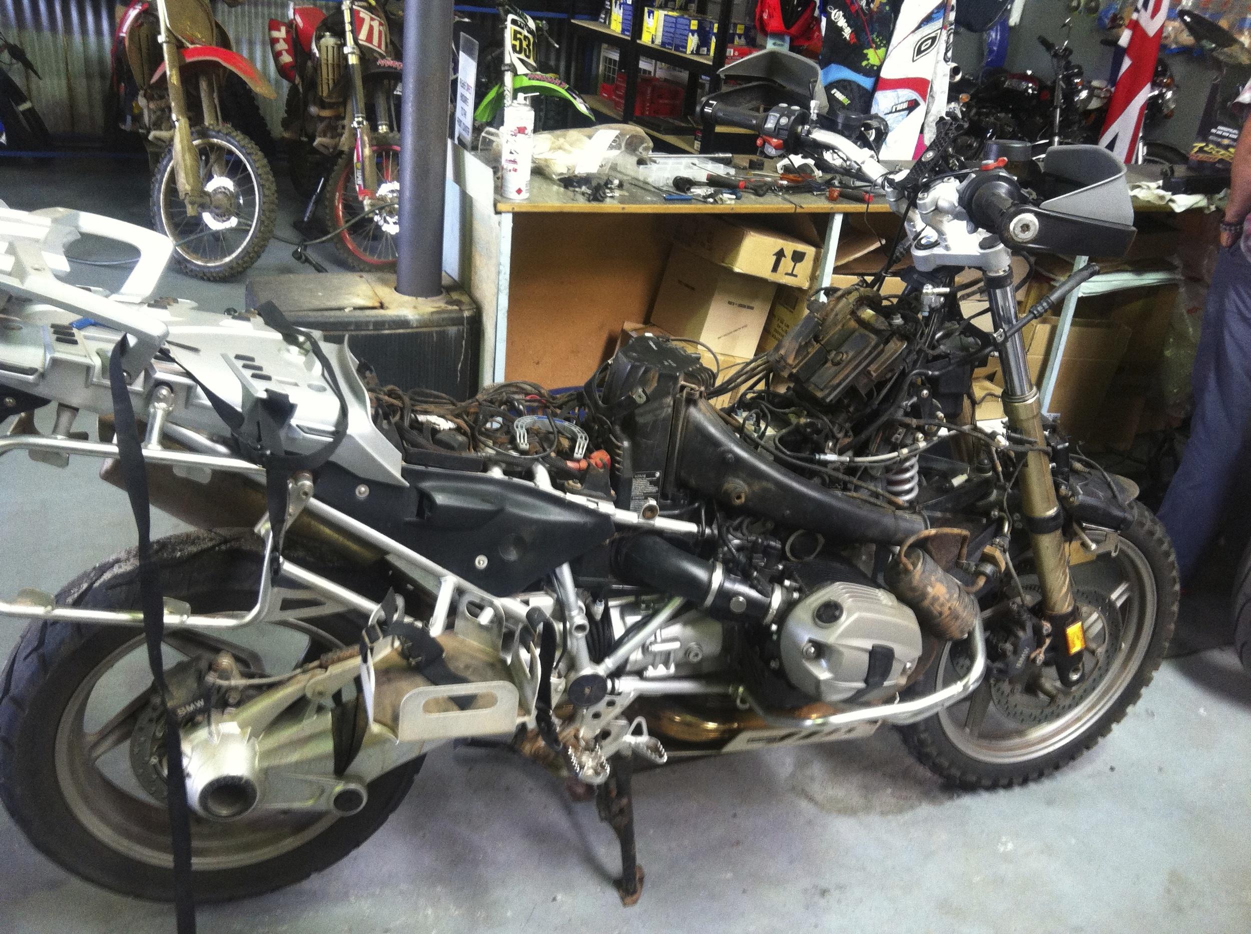 Kev's torn down bike.