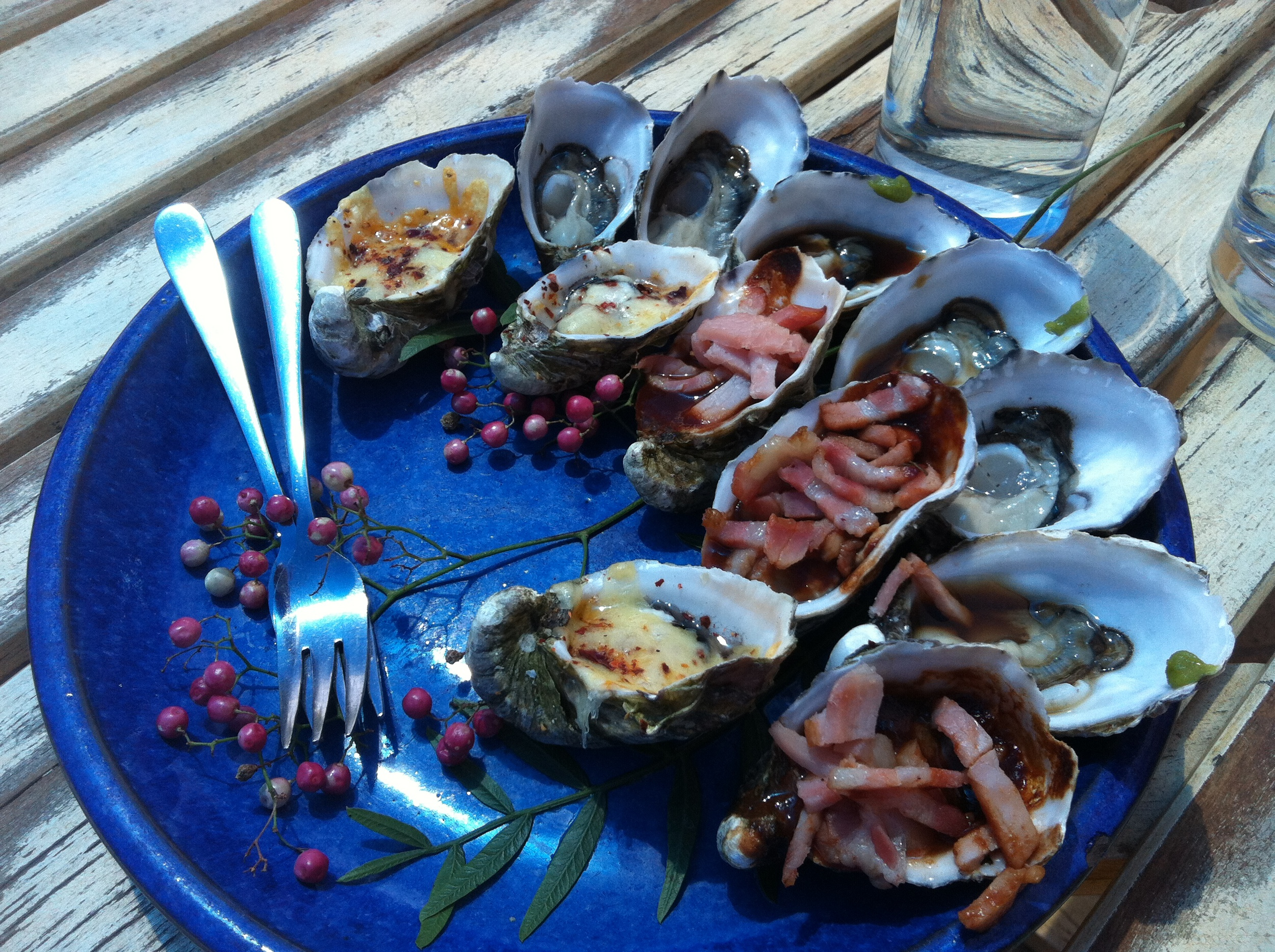 Coffin Bay Oyster lunch! Kilpatrick, Mornay, Wasabi, and Natural. My fav...Wasabi