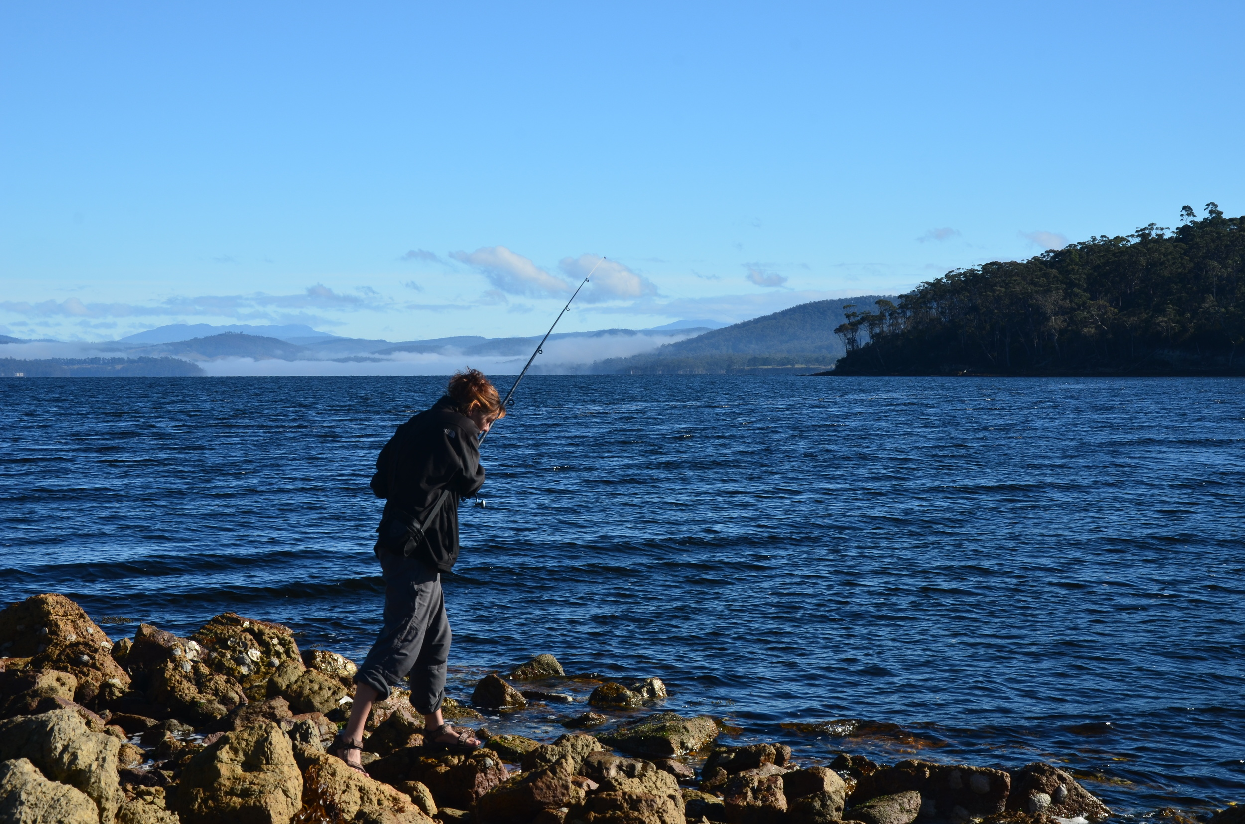 Kerstin trying to catch a bait fish, and succeeding!