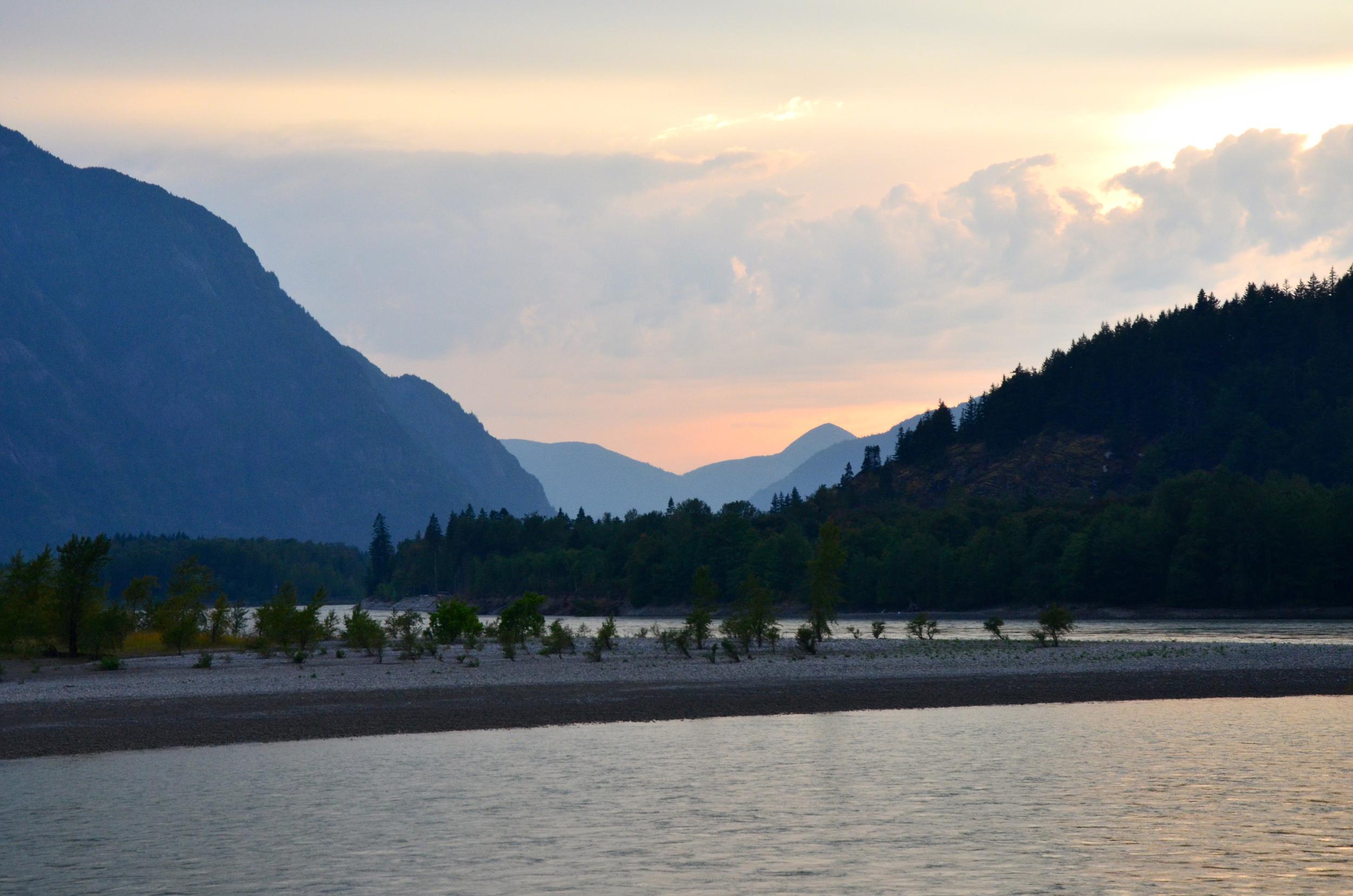 Fraser River,  Hope British Columbia, Canada
