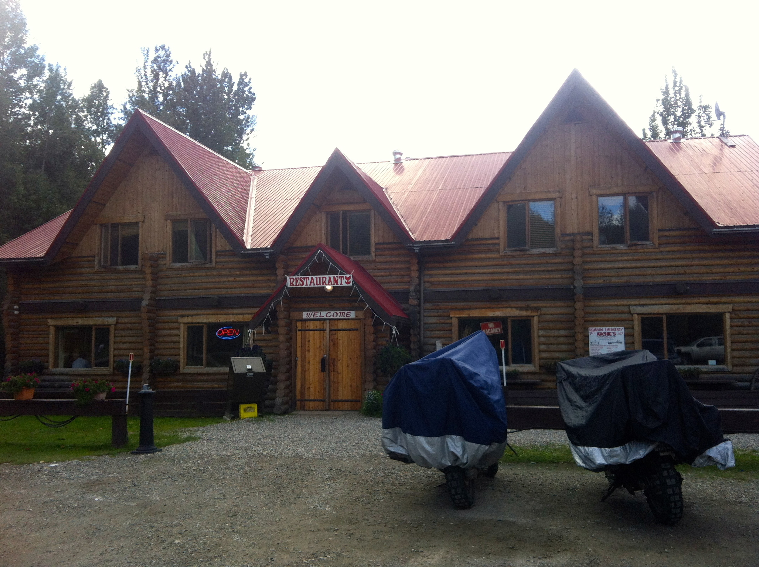 Lodge across from Laird Hot Springs