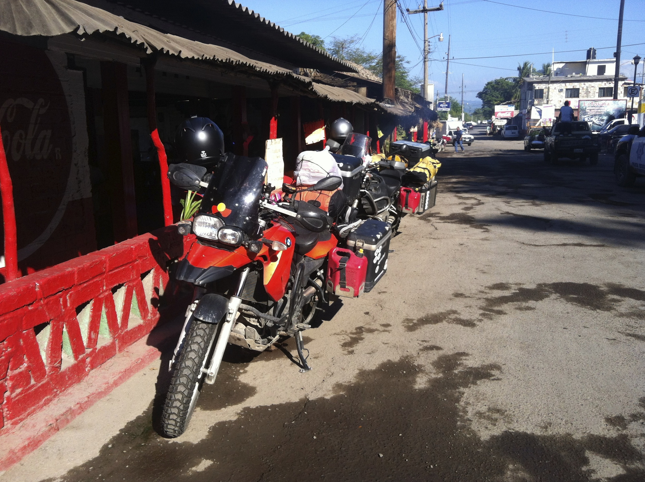 Stopping for a late lunch at the entrance to the San Blas township where the smell of fresh marlin bbq'n fills the air.