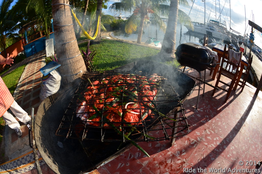 A weekly feast is arranged to encourageing guests to mingle between the marina and villas