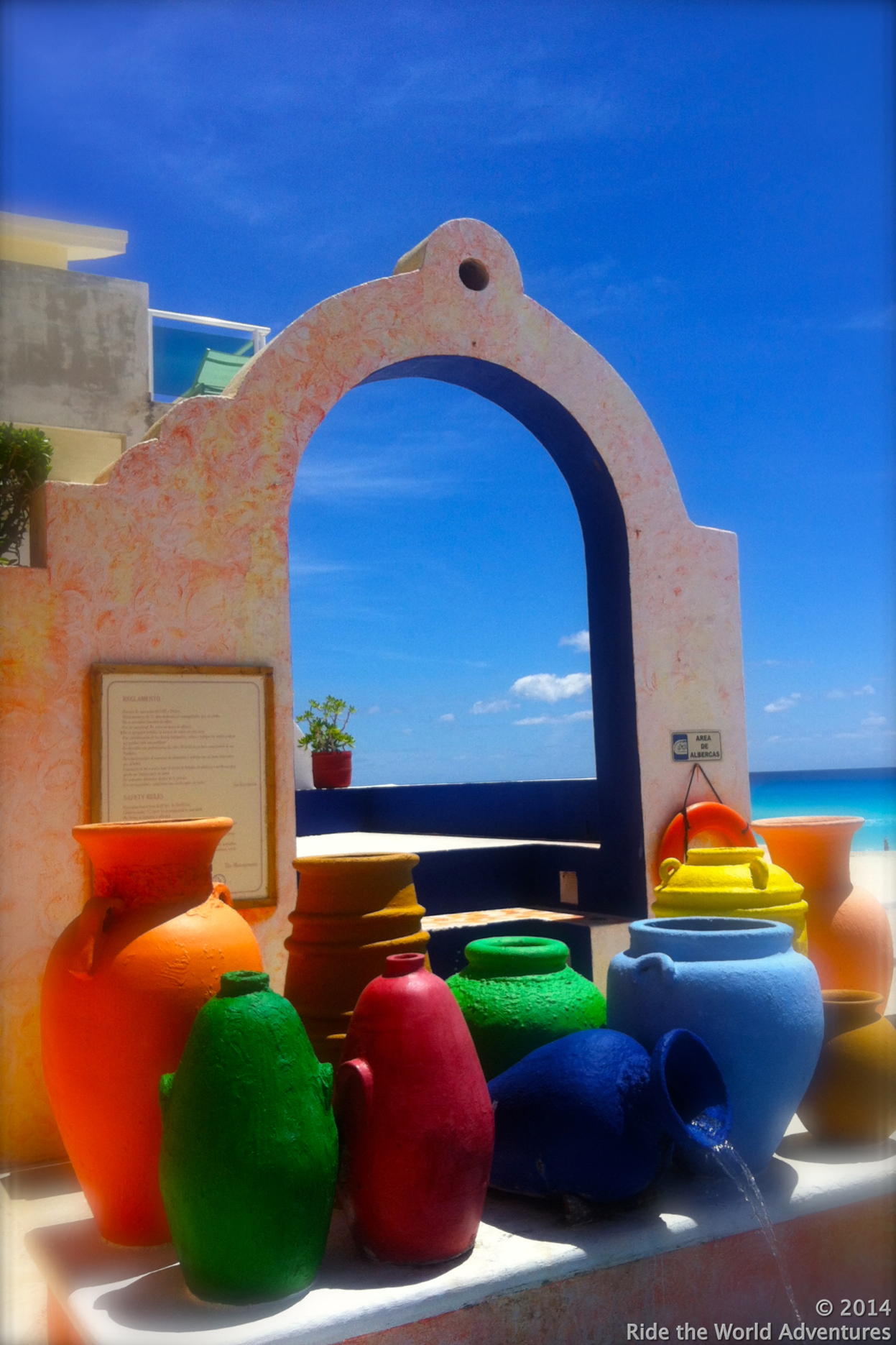Cancun…I can't believe that I did not take a picture of our fibrous luggage…dammn