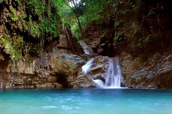 27-waterfalls-dominicanrepublic.jpg