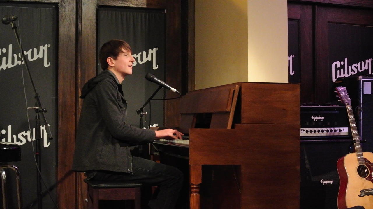 Luke Davids at Gibson Showroom