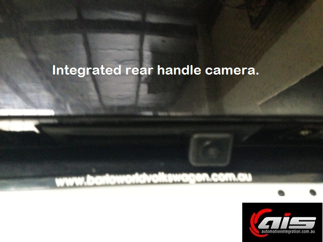 The replacement handle camera is well concealed.