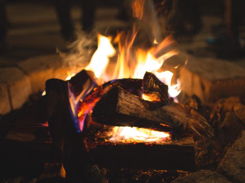 bonfire-camp-fire-800x600.jpg
