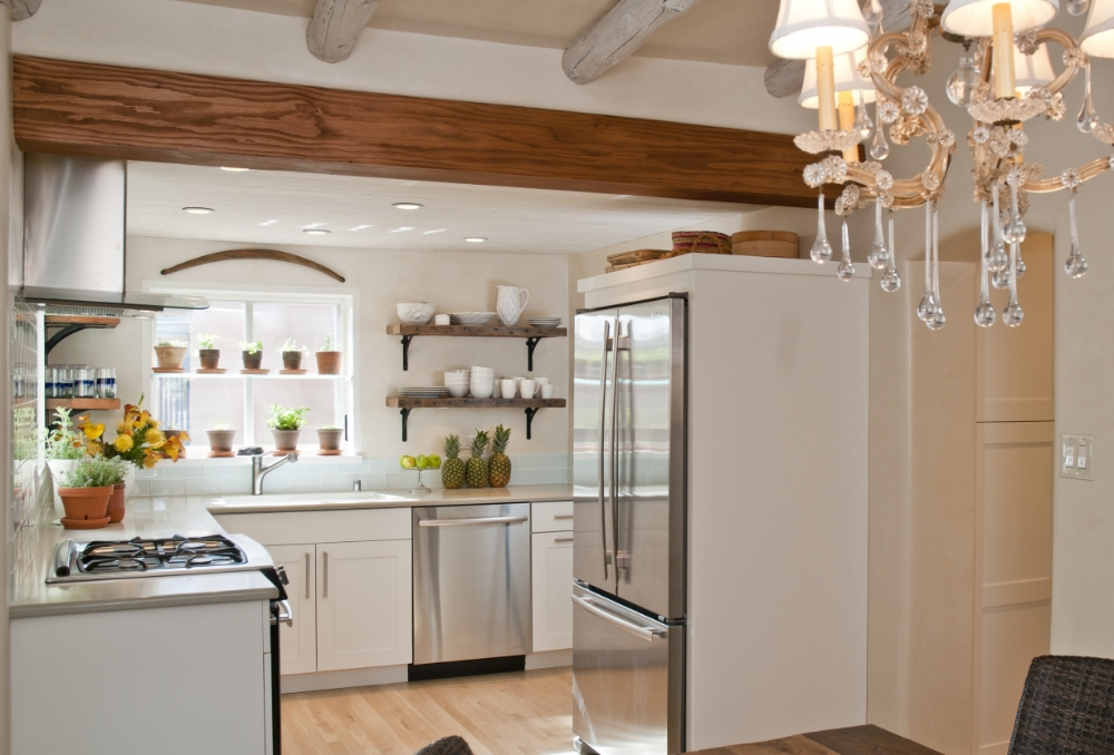 Santa Fe Sophisticated Cottage Style Kitchen